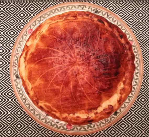 Galette frangipane, poire vanillée et compote de pomme